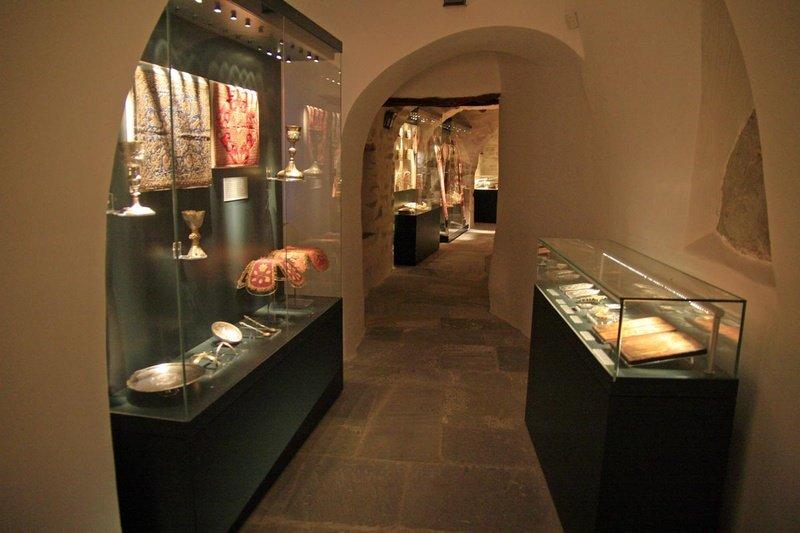 Kyrkomuseum Monastery of Hozoviotissa on Amorgos