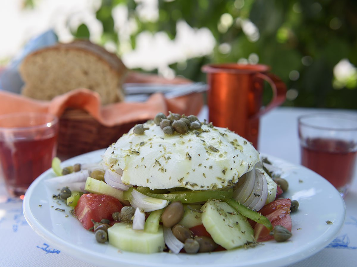 Amorgos recept på Amorgian sallad med Mizithra