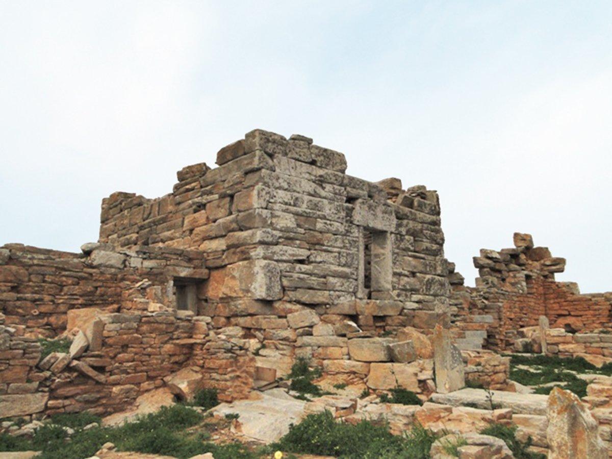 Archaeological sights on Amorgos - Tower of Agia Triada, Arkesini